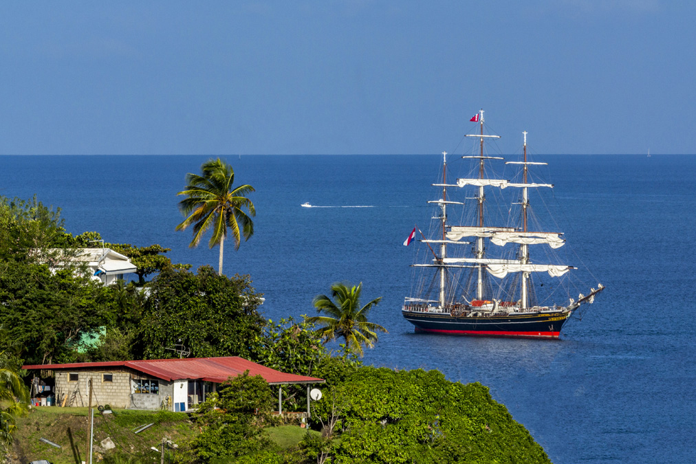 Voilier à l'anse Mitan en Martinique
