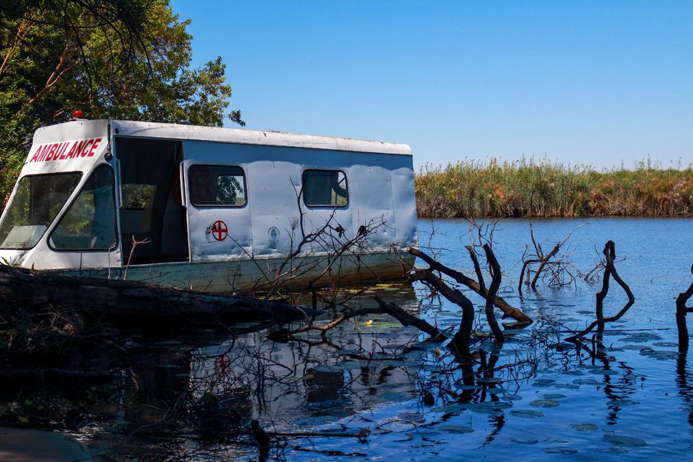 Bateau ambulance sur l'Okavango Delta au Botswana