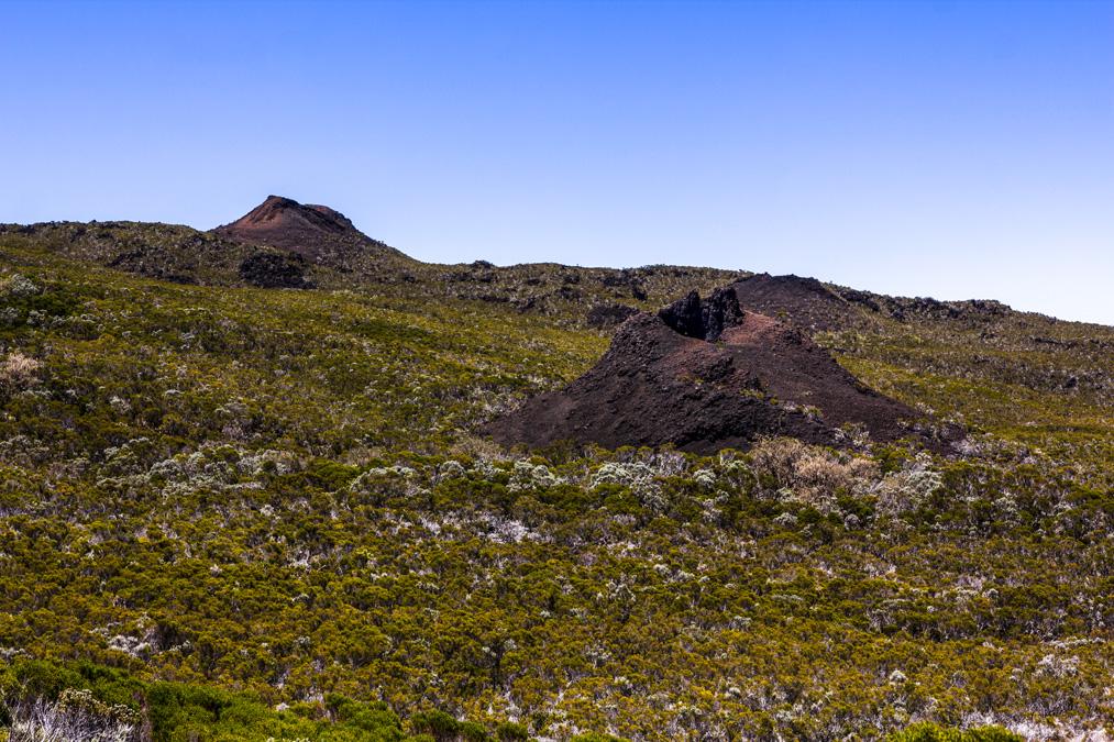 Cratères sur le rempart du Tremblet à la Réunion