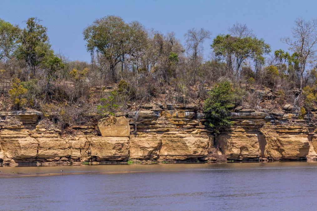 Falaises de la Tsiribihina à Madagascar