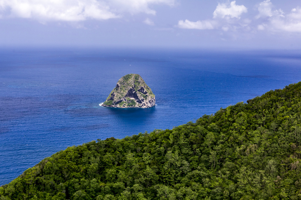 Rocher du Diamant en Martinique