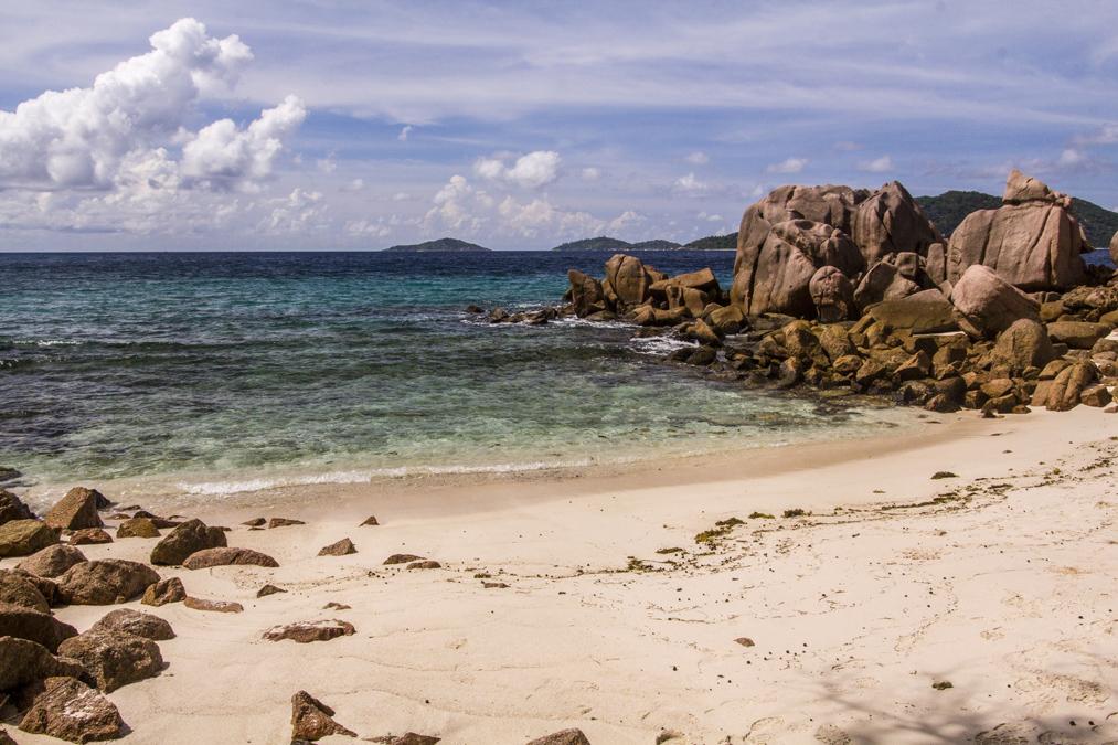 Anse Caïman (La Digues) aux Seychelles
