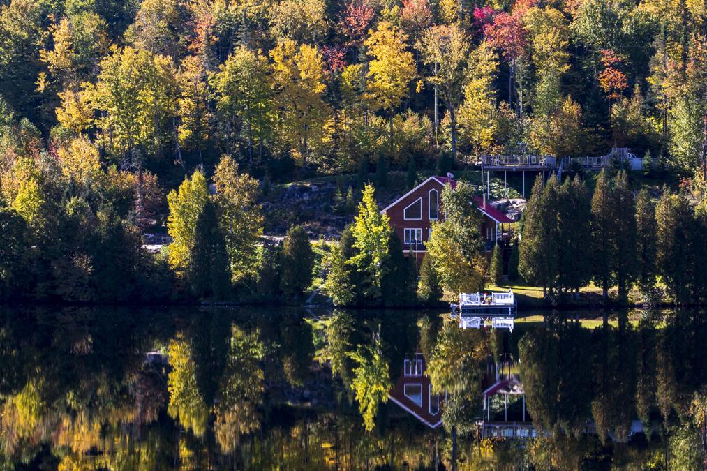 Lac sur la route du Fjord-du-Saguenay au Canada