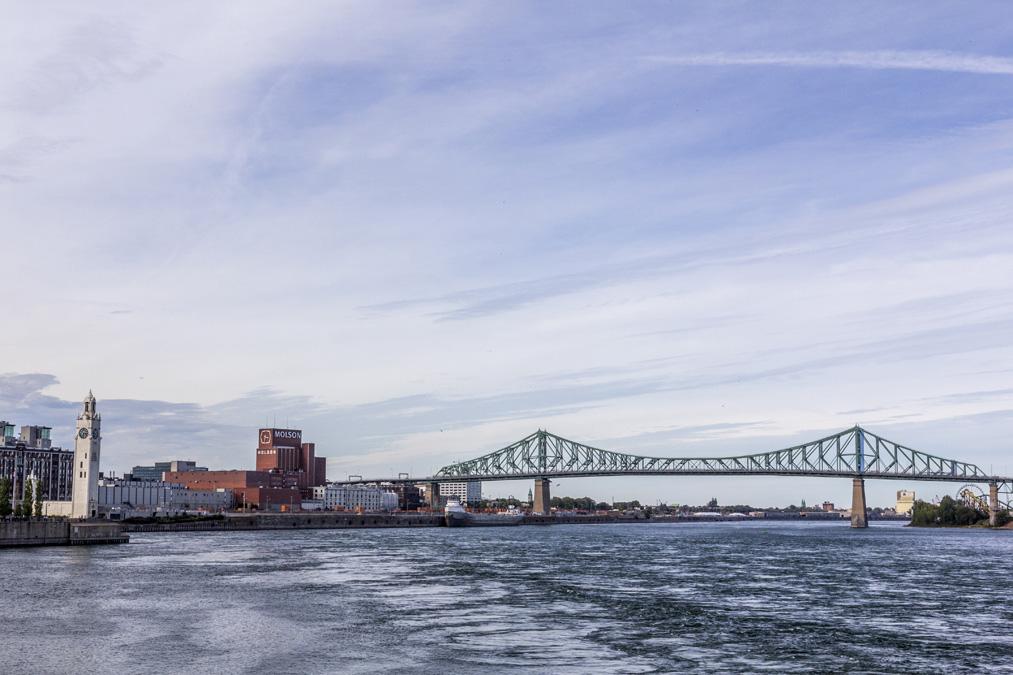 Pont Jacques-Cartier de Montréal au Canada