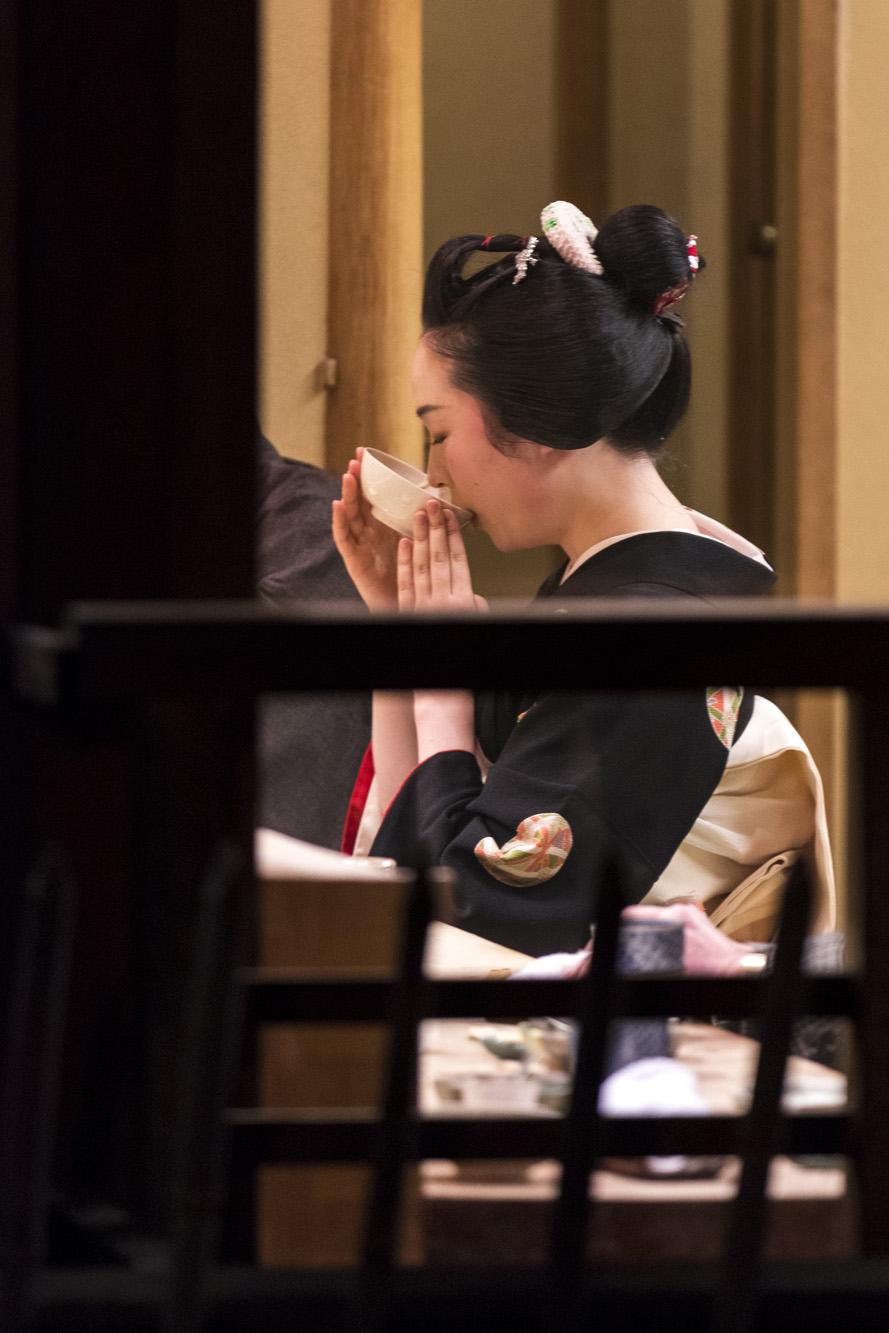 Geisha dans la ville de Kyōto au Japon