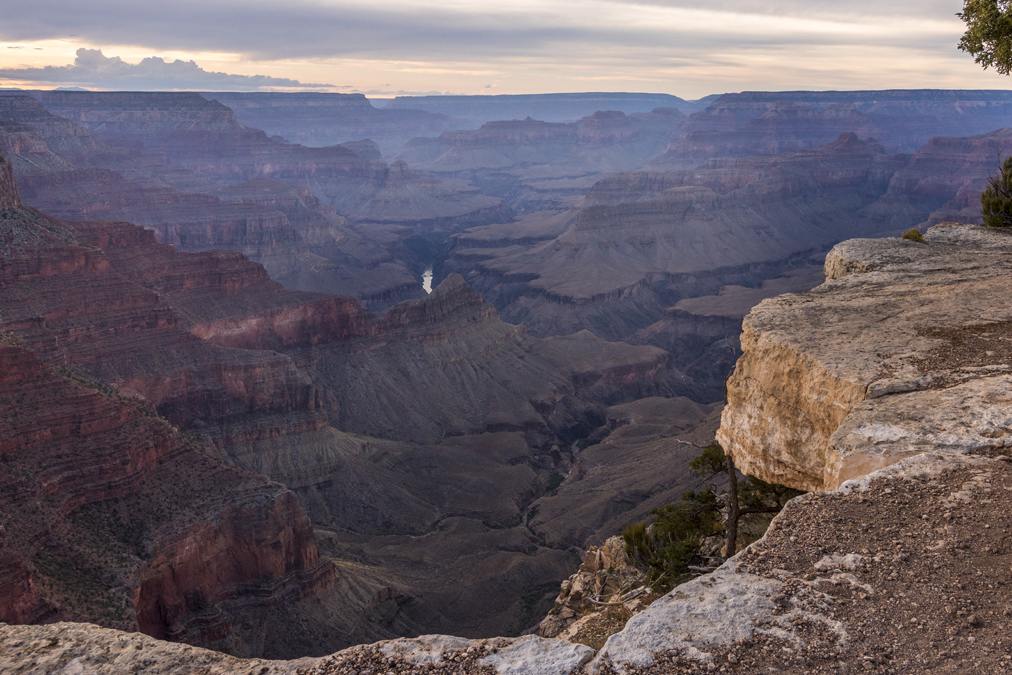 Rim Trail du Grand Canyon National Park aux Etats-Unis