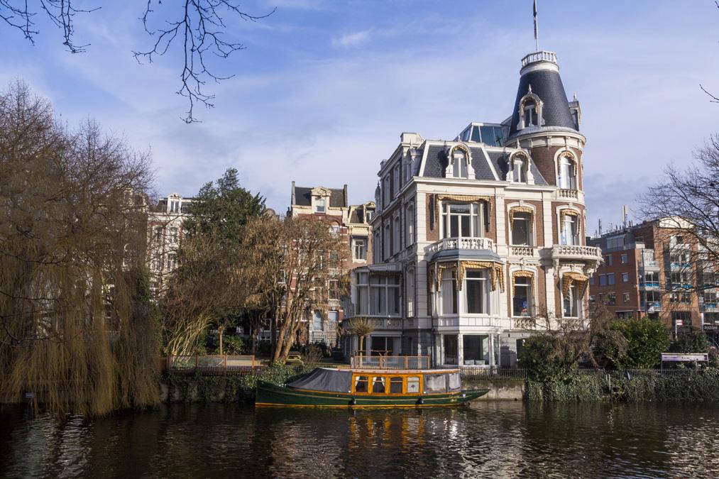 Singelgracht (Canal périphérique) à Amsterdam