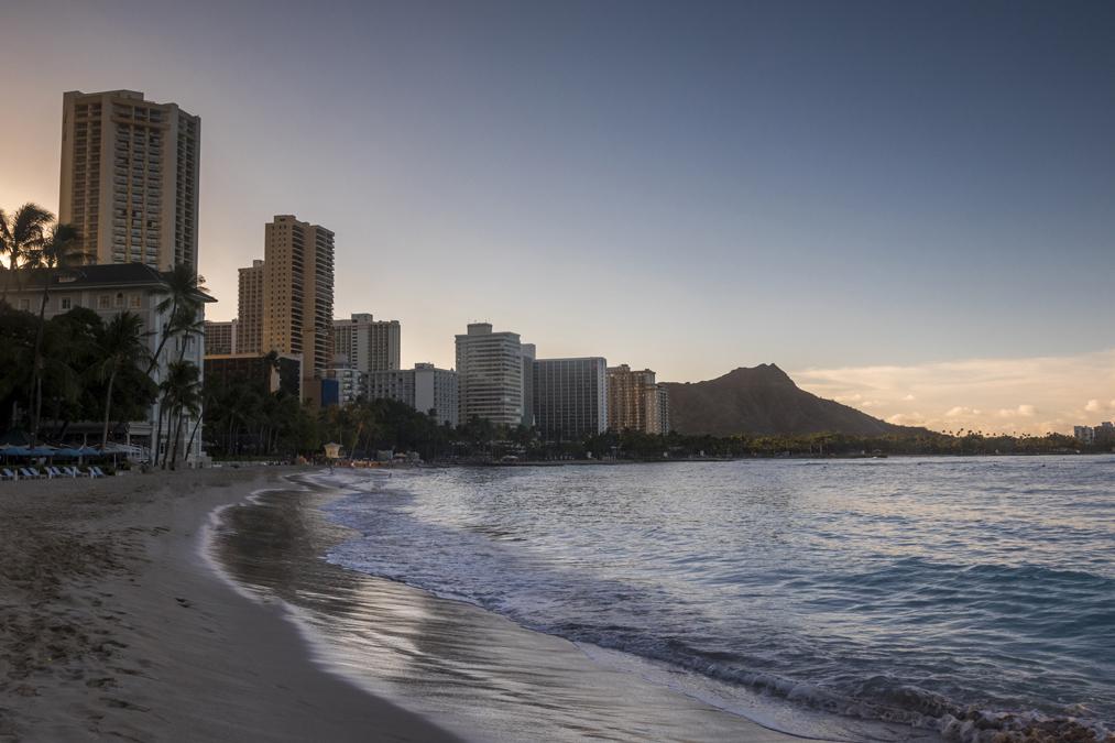 Waikiki Beach à Honolulu sur l'île Oahu de l'archipel d'Hawaï